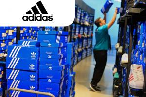Упаковщик одежды на складе Adidas