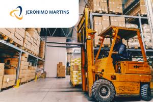 Рабочий на склад Jeronimo, товары супермаркета (кара)